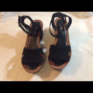 Kenzie platform sandals